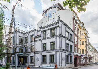 Гагаринский переулок 33